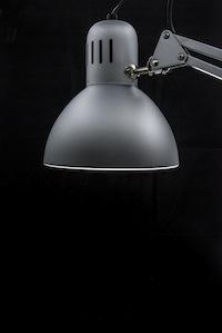 Angle-poise lamp