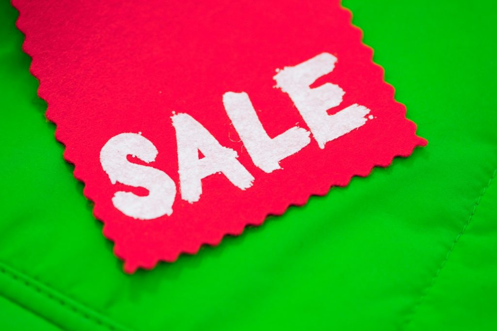 Sale on green